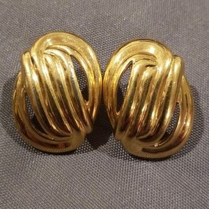 💕Napier💕 Gold Clip On Earrings